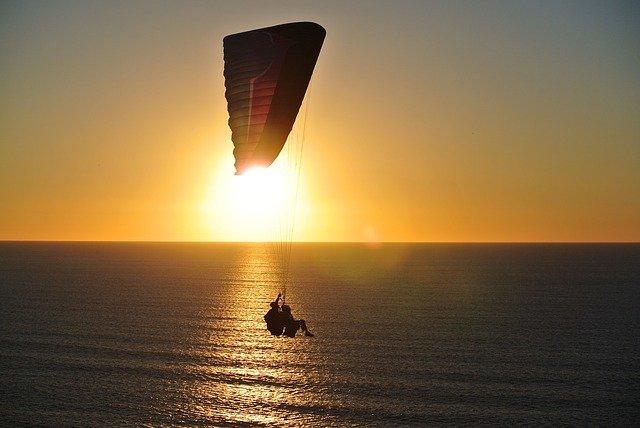 türkiye de yamaç paraşütü nerelerde yapılır?