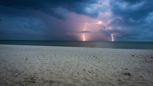storm 2661132 640